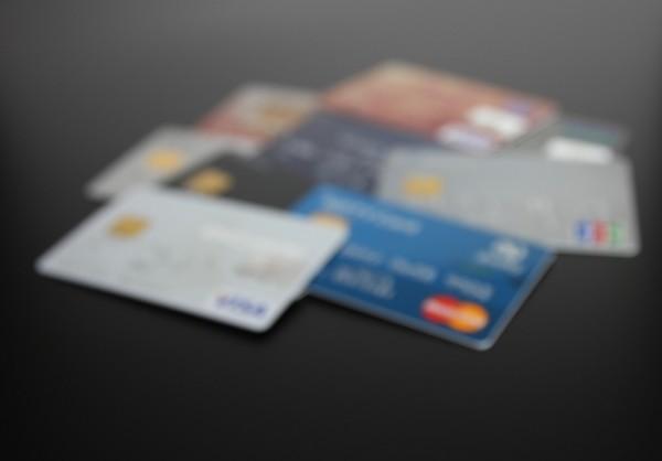 クレジットカード決済でアマゾンギフト券購入